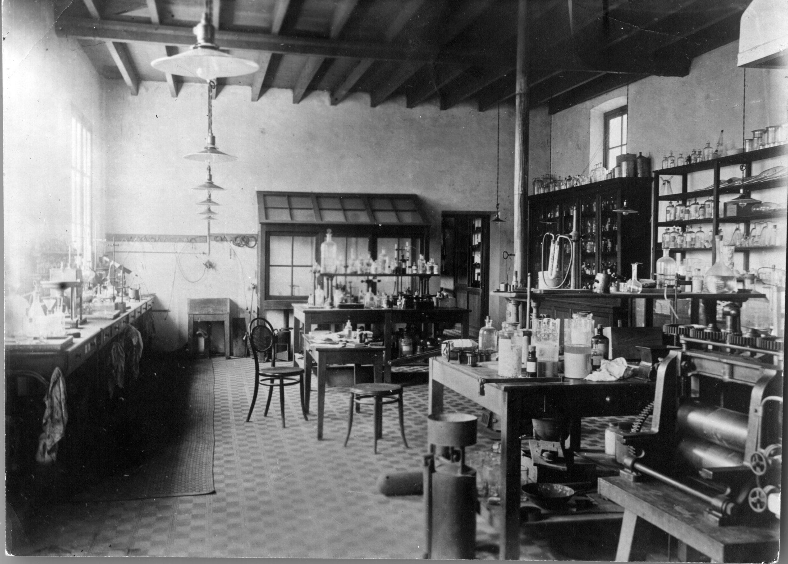 A black-and-white photo of an old-looking laboratory.
