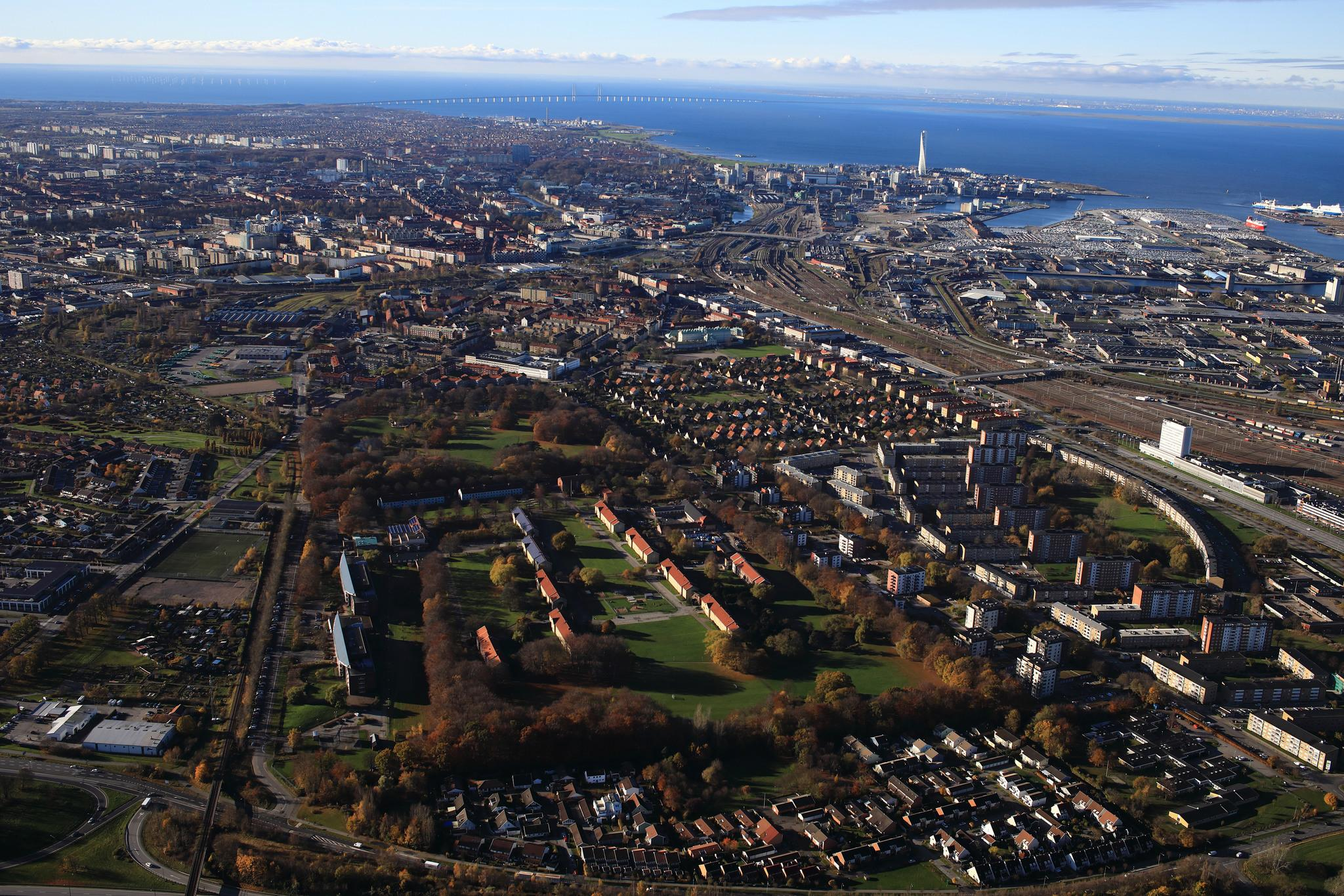 Aerial view of the city Malmö, with Sege Park in the middle.